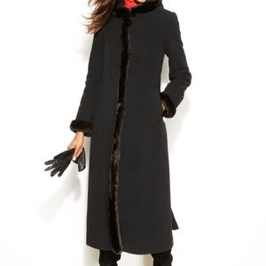 Long black winter coat with snaps and faux fur